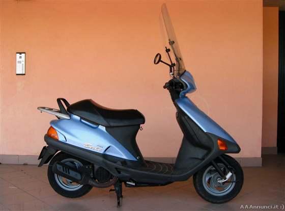 scooter usati fino a 50cc annunci. Black Bedroom Furniture Sets. Home Design Ideas