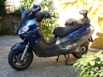 Scooterone Piaggio x9 200 anno 2003