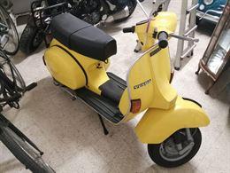 Vespa px125 gialla perfetta