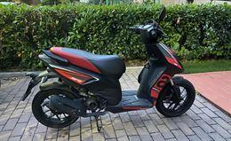 Aprilia SR Motard 2t (50cc)