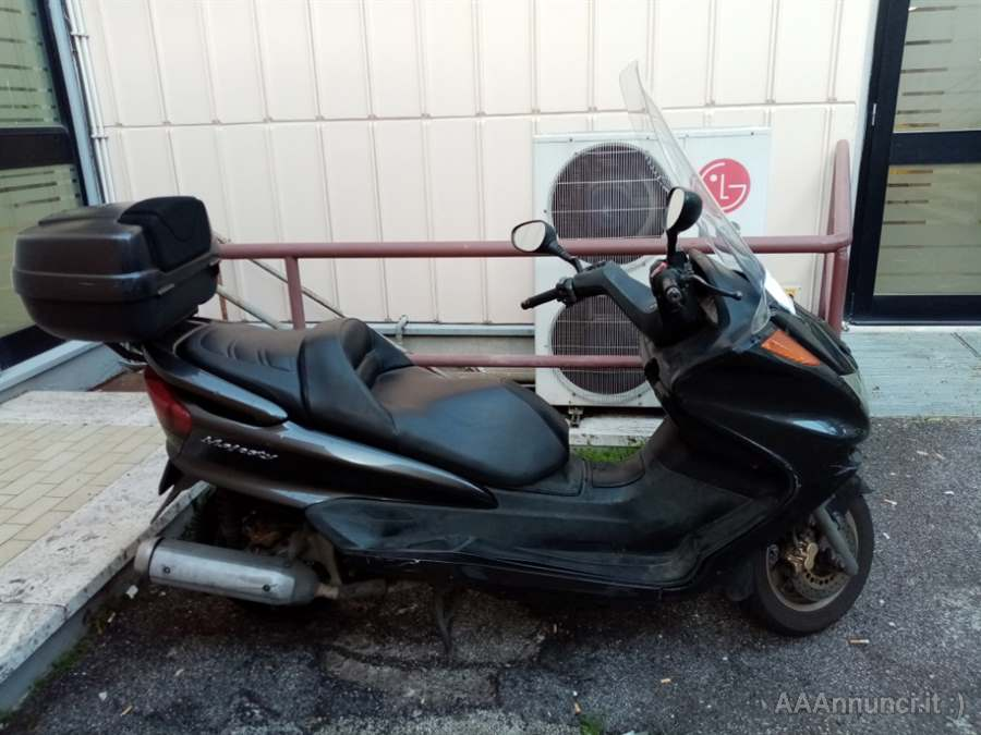 Scooter Marca yamaha majesty 250
