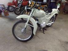 Moto Guzzzi Zigolo 98CC Anni 50.